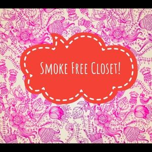 All items in our closet are Smoke Free ☺️